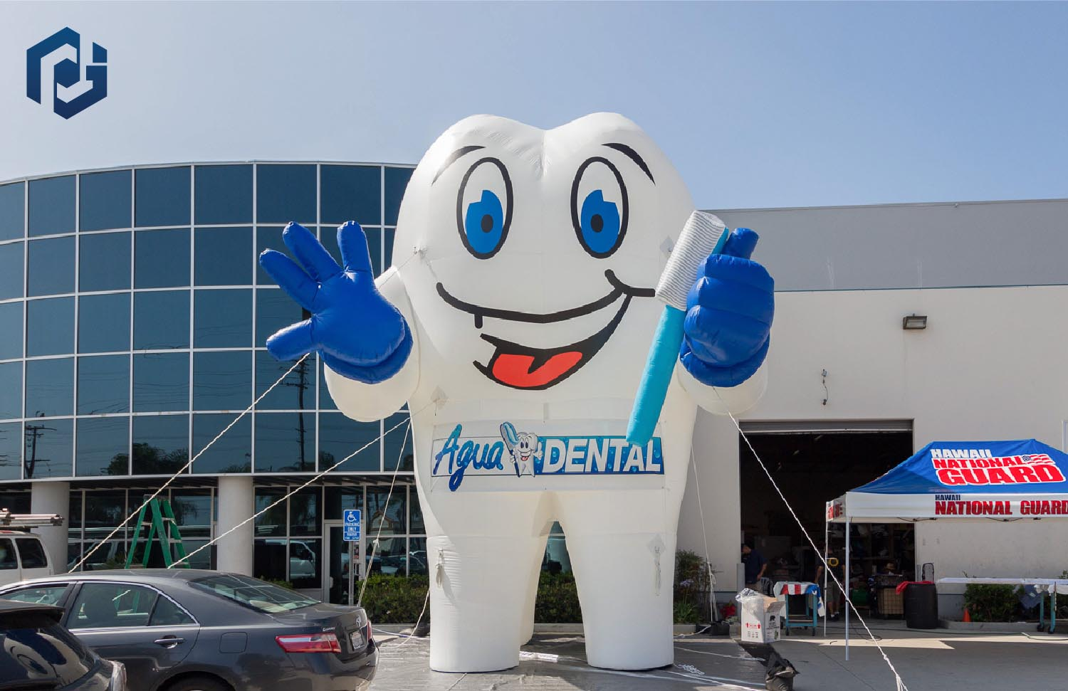 custom-30-foot-inflatable-tooth